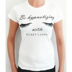 Secret Lashes Koszulka stylistki.